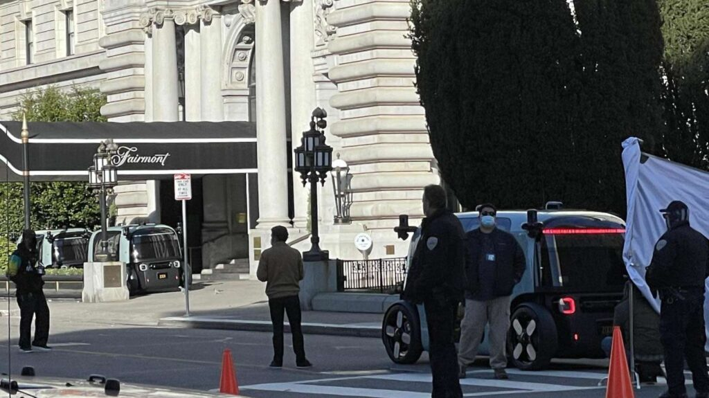 KTA Blogs - Amazon's Zoox driverless taxi spotted in San Francisco