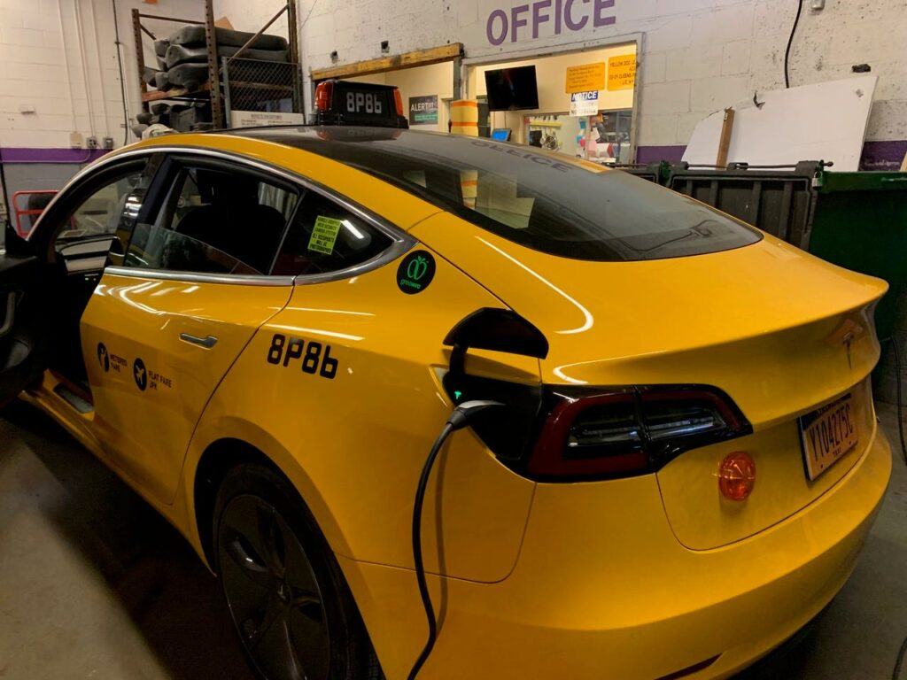 Kta Vlogs The First Tesla Taxi In Nyc Just Hit The Streets As The City's Only3